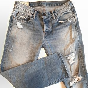 Abercrombie &Fitch Skinny 31x32 distressed jeans